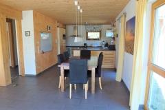 Apartment B - Essbereich / Dining Area